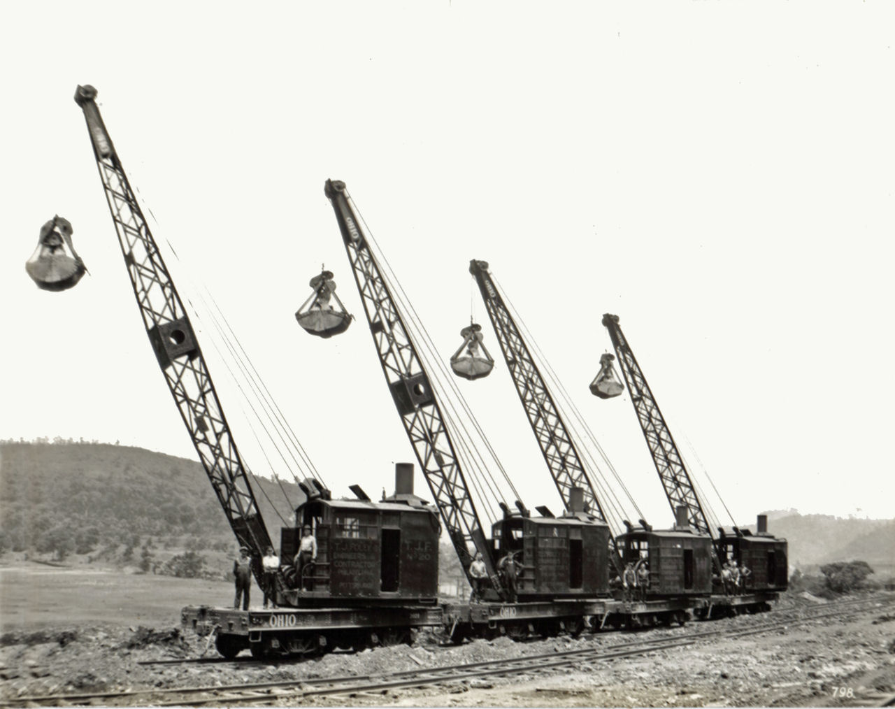 American ohio locomotive crane old crane photos for The crain
